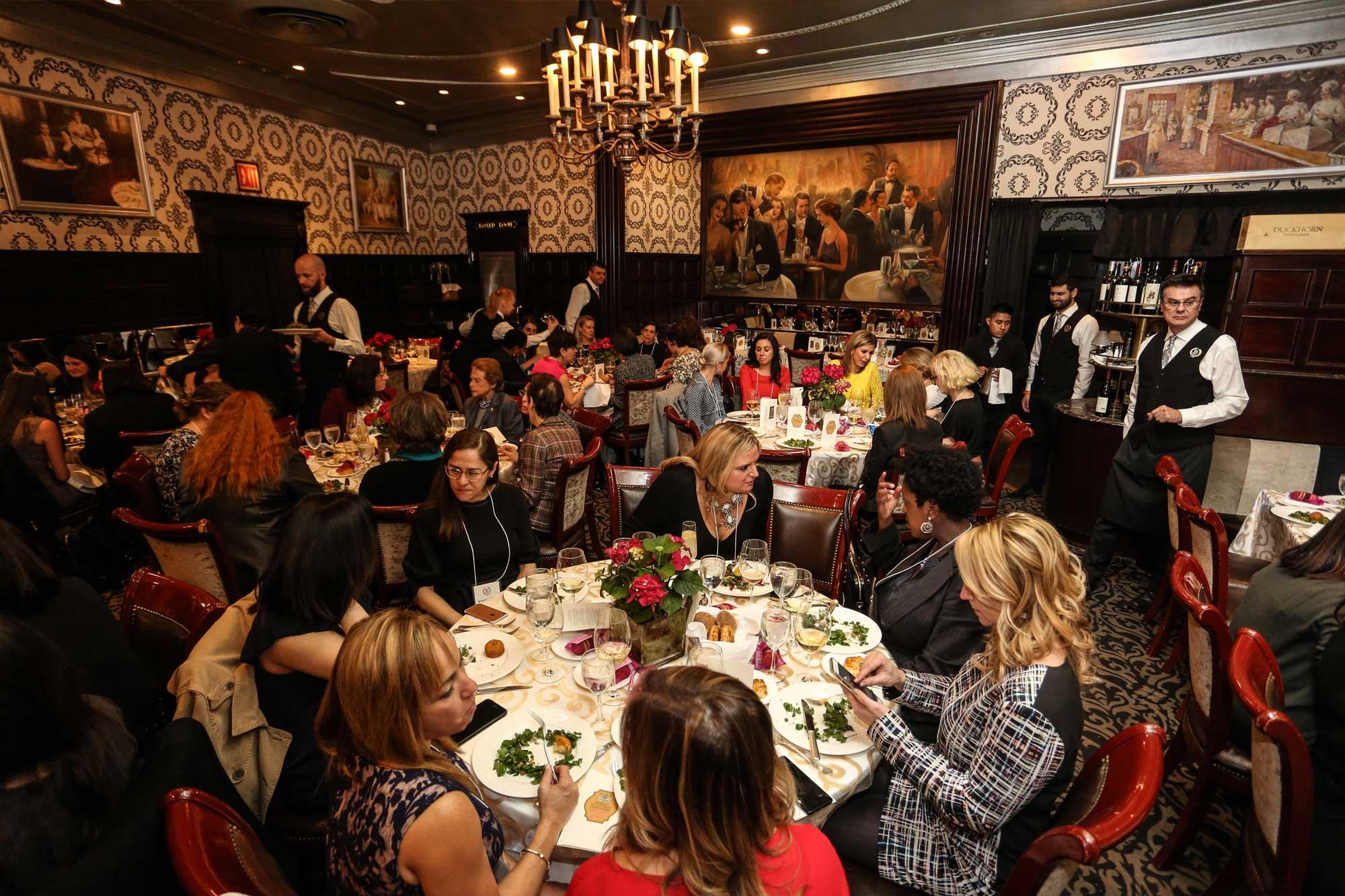 Private Dining - Delmonicos Steak House